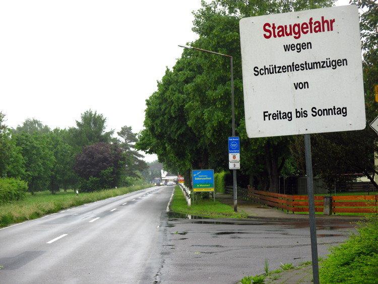 Noch mehr Stau in Wunstorf   Bild: Daniel Schneider