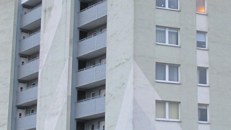 Fassade eines der wenigen Hochhäuser in Wunstorf | Foto: Daniel Schneider