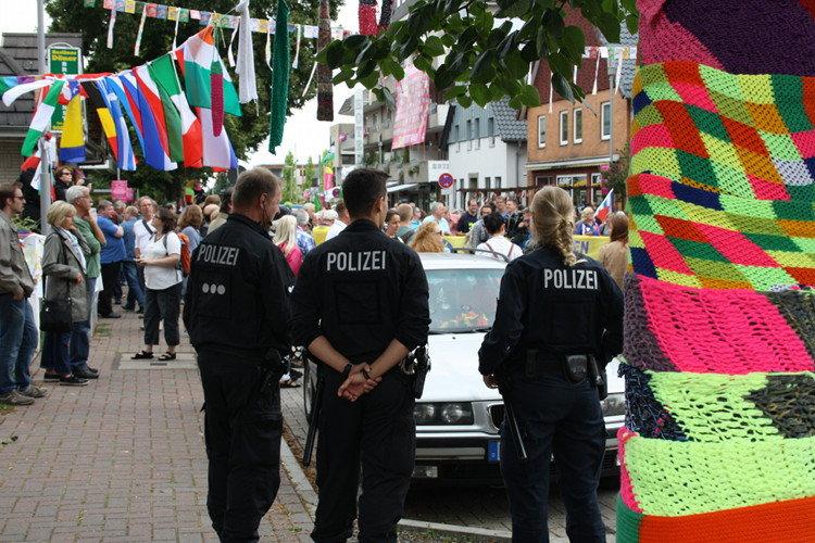 Entspannte Beamte. Die Polizei konnte es in diesem Jahr mal lockerer angehen | Foto: Daniel Schneider