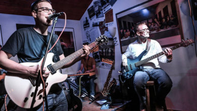"Bild von ""Sunday Morning"" live im Filou"