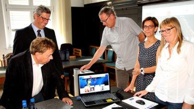 Bild von Stadttheater und Abtei mit neuer Internetseite