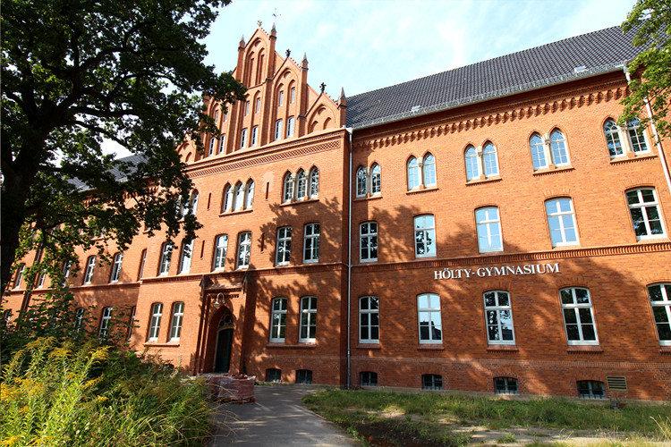 Das Wunstorfer Hölty-Gymnasium | Foto: Mirko Baschetti