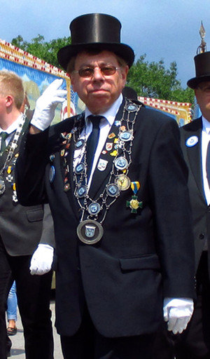 Bürgermeister Eberhardt, hier auf dem Wunstorfer Schützenfest | Foto: Daniel Schneider