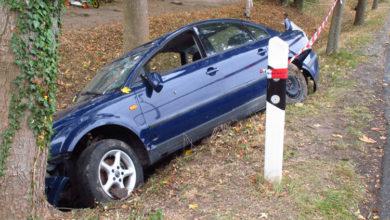 Bild von Autofahrer lässt sein Fahrzeug im Stich