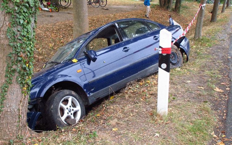 Photo of Autofahrer lässt sein Fahrzeug im Stich