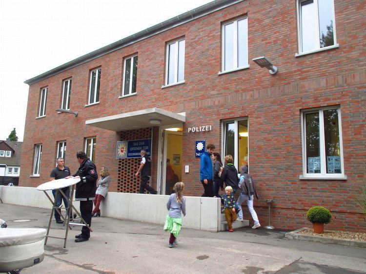 Das neue Dienstgebäude der Wunstorfer Polizei   Foto: Daniel Schneider