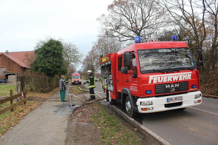 Feuerwehr Wölpinghausen im Einsatz   Foto: Feuerwehr