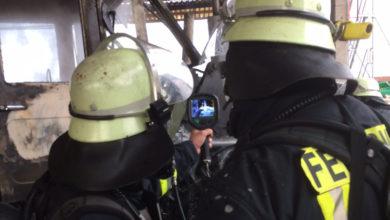 Bild von Brand in Papierpresse löst Feuerwehreinsatz aus
