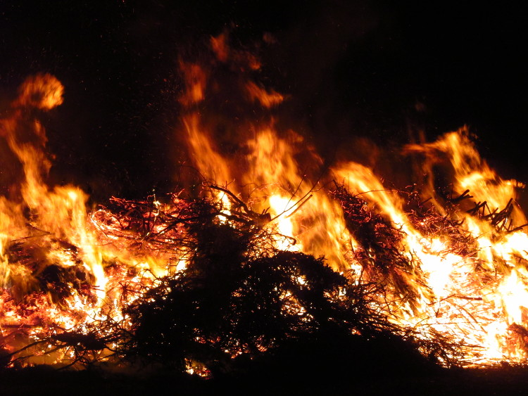 osterfeuer10