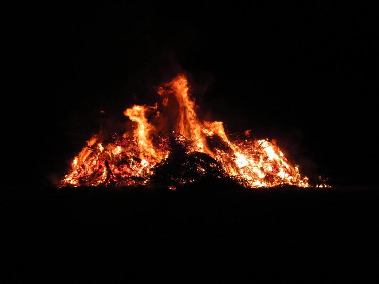 Magischer Flammenschein