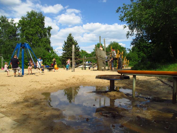 Spielplatz auf der Badeinsel (Steinhude)