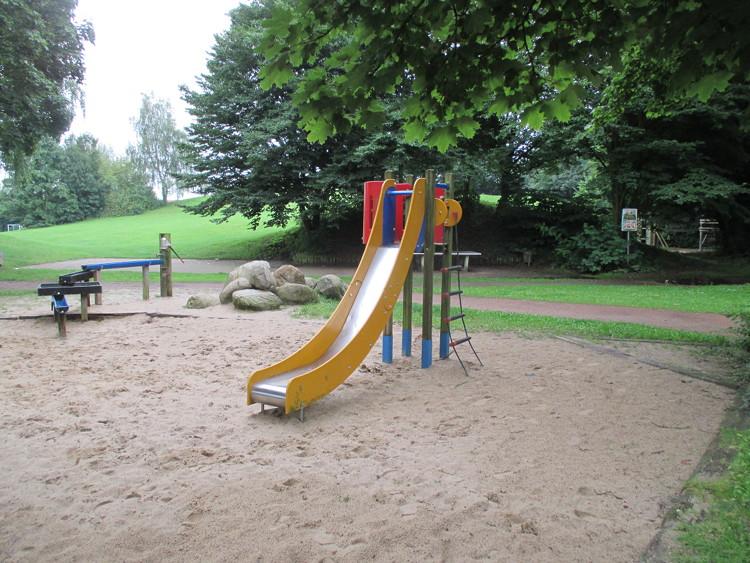 Spielplatz Barnewäldchen (Kernstadt)