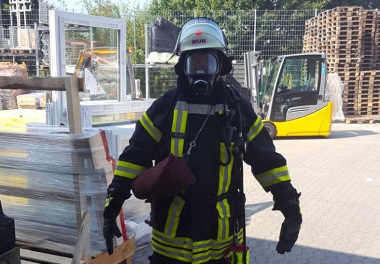 Photo of Feuer beim Baumarkt