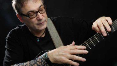Bild von Kanadischer Gitarrenvirtuose Don Alder spielt im Filou