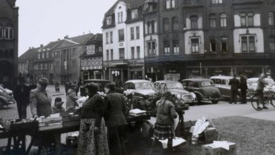 Photo of Marktstand vor der Stadtkirche