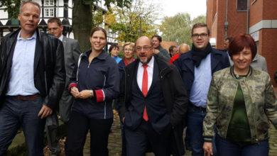 Bild von Martin Schulz auf dem Wunstorfer Marktplatz