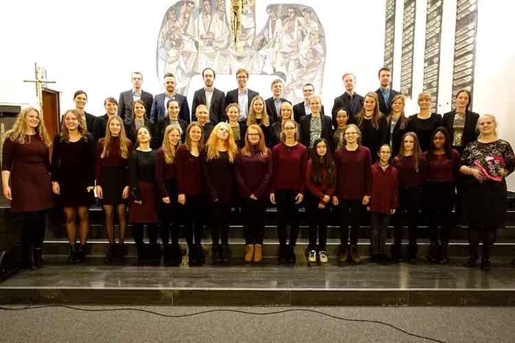 "Musikschule Wunstorf mit ""VOICE & WOOD"""