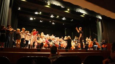 Bild von Abschlusskonzert der Albertinis füllt das Stadttheater