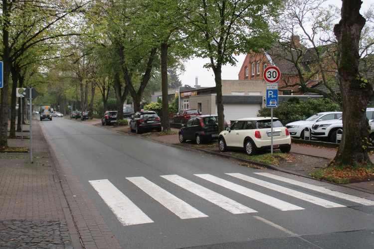 Zebrastreifen Hindenburgstraße