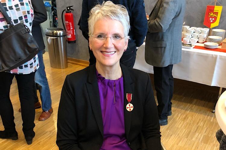 Verdienstmedaille für Claudia Bodmann