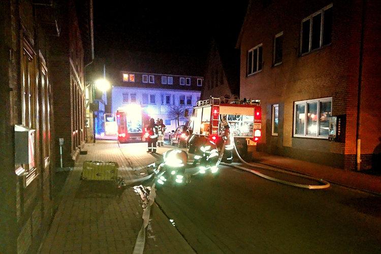 Nächtlicher Feuerwehreinsatz