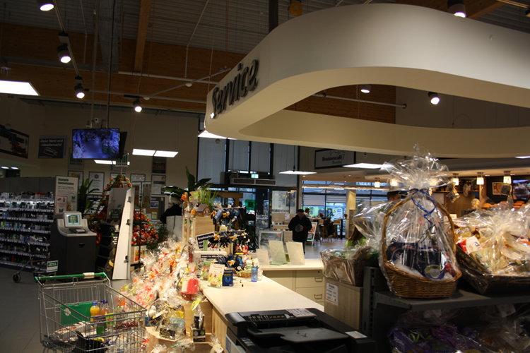 Servicetheke im Supermarkt