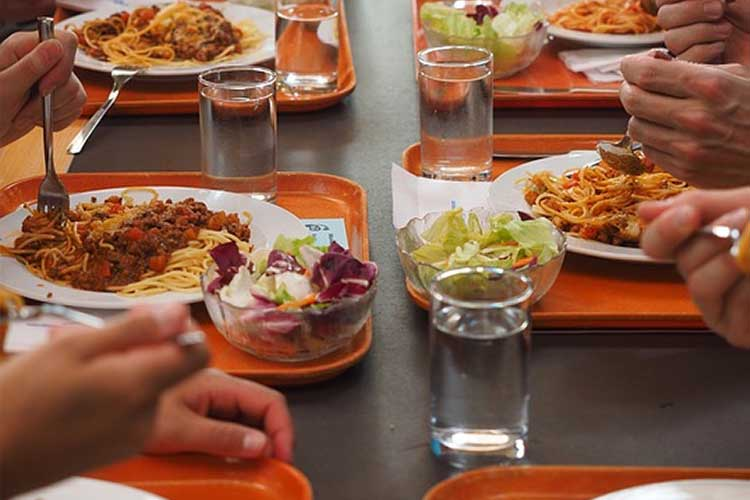 Symbolbild Mittagessen