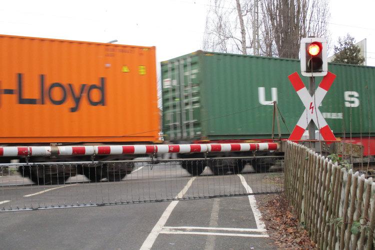 Photo of Der Bahnübergang soll weg