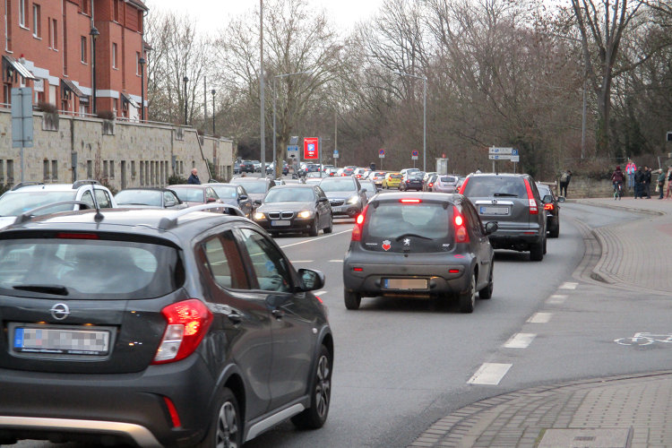 Autoverkehr in Wunstorf