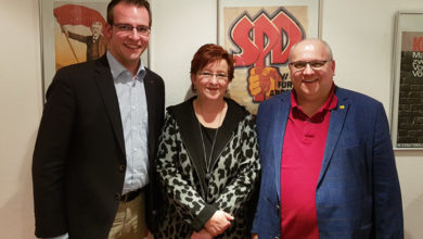 Bild von Kirsten Riedel als SPD-Fraktionsvorsitzende wiedergewählt