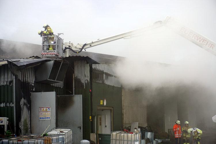 Feuerwehreinsatz Lagerhallenbrand