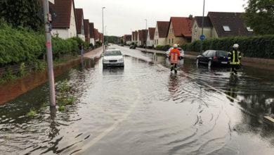 Bild von Gewitterregen überflutet Wunstorfer Straßen