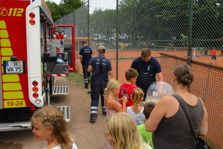... und die Feuerwehr Klein Heidorn Zuckerwatte