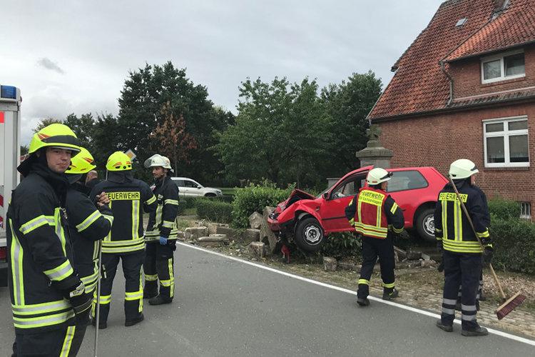Autounfall in Nienbrügge