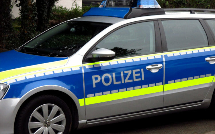 Polizeifahrzeug Wunstorf