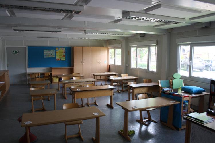 Klassenraum im Container