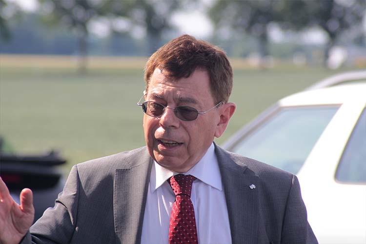 Rolf-Axel Eberhardt