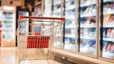 Bild von Supermarktkunde attackiert, als er Nicht-Maskenträger ausweicht
