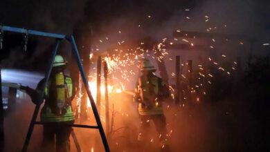 Bild von Gartenlaube in Luthe brennt ab