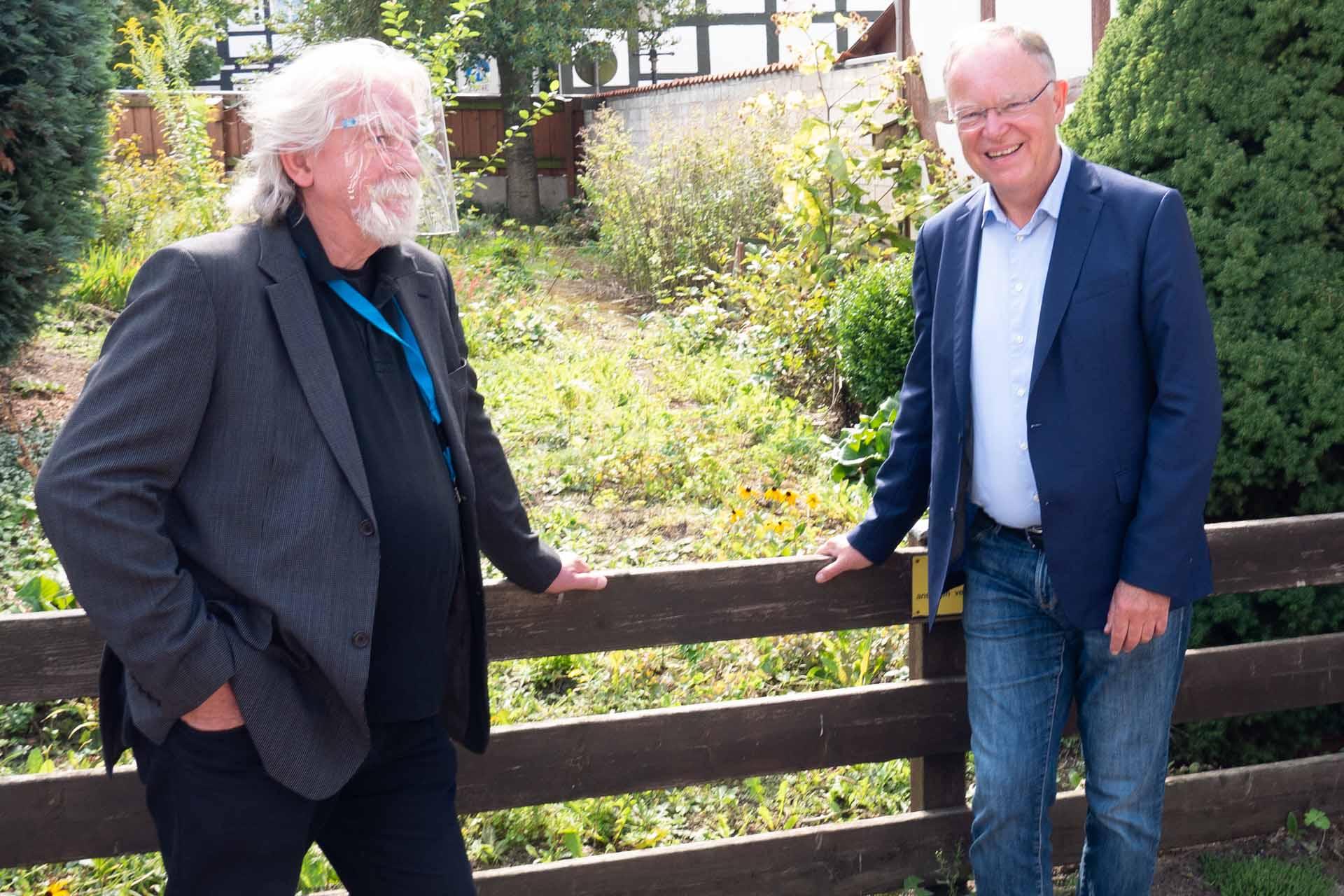 Ministerpräsident Weil im Dorfladen Bokeloh