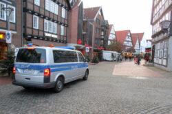 Polizei in der Wunstorfer Fußgängerzone