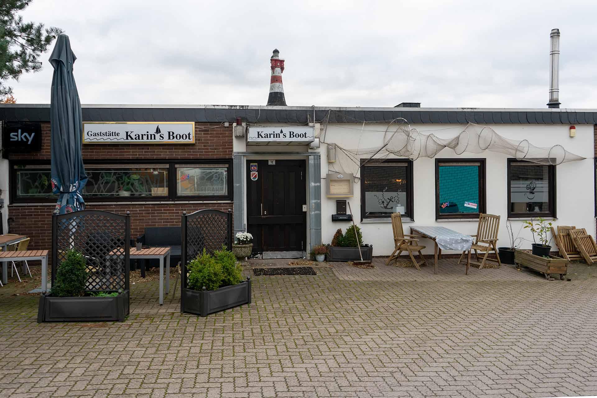 """""""Karins Boot"""" liegt zentral in Steinhude in einem kleinen Hinterhof"""