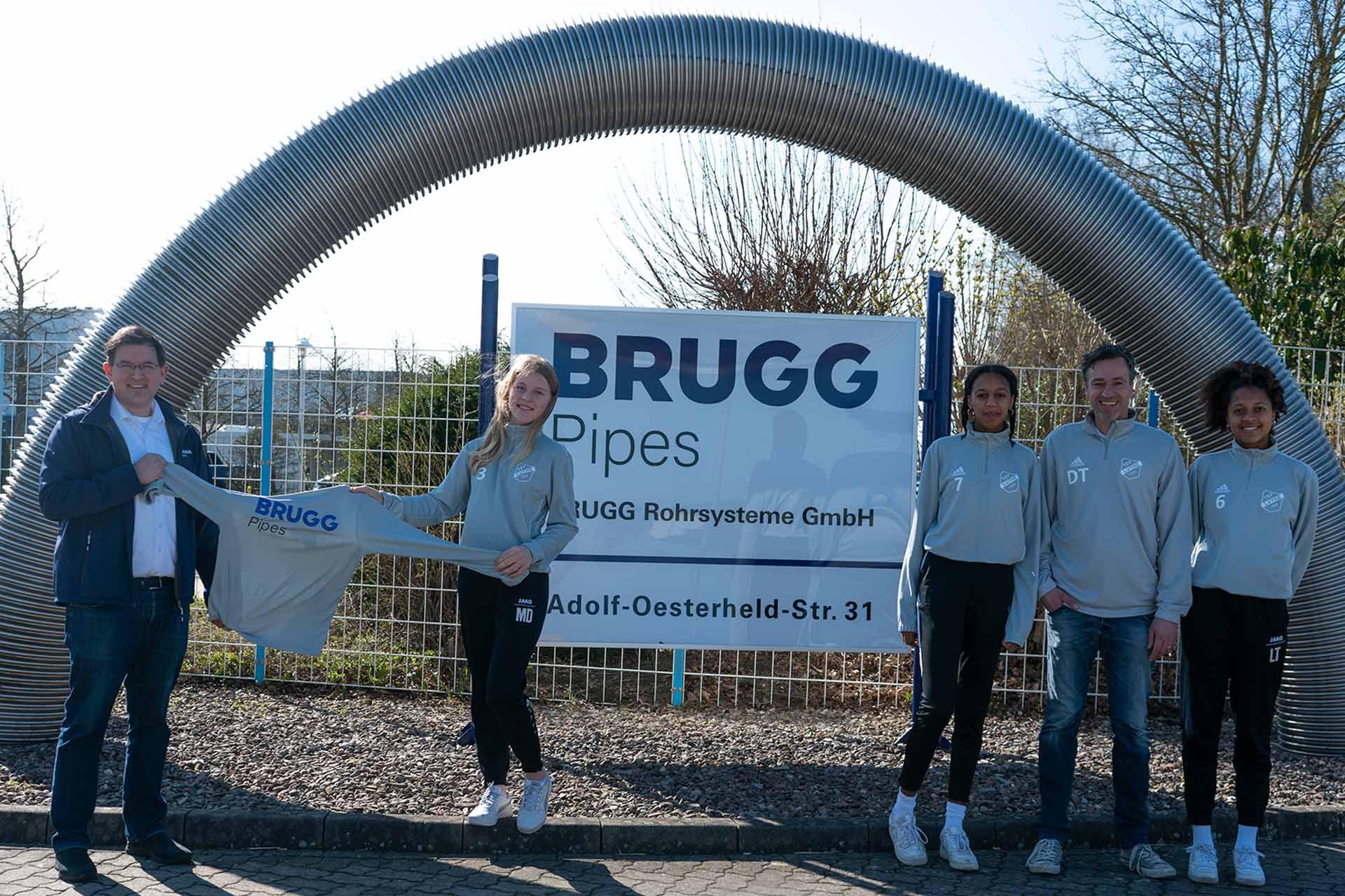 Die B-Mädchen Mannschaft des TSV Luthe wird von Brugg unterstützt
