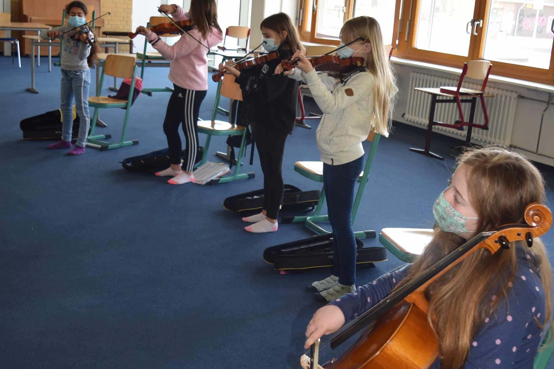 Streicherklasse der Musikschule
