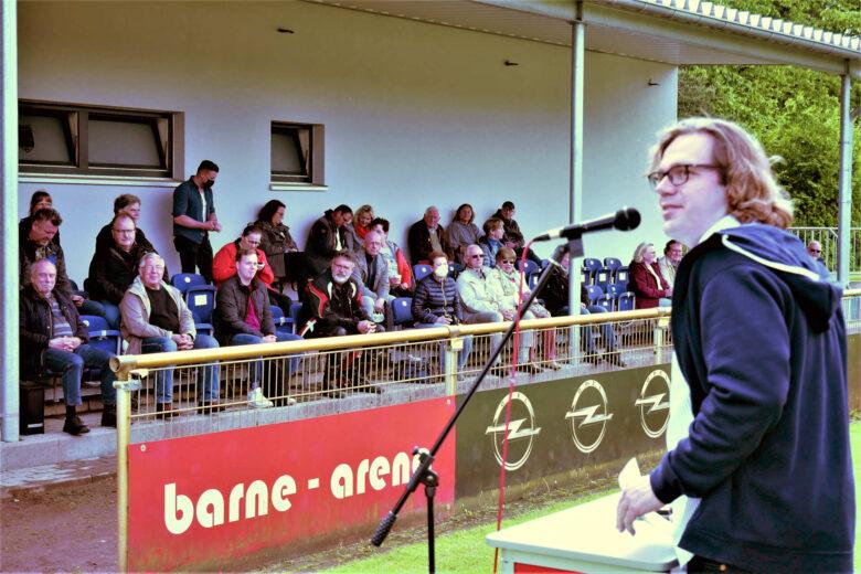 Kandidatenwahl im Stadion