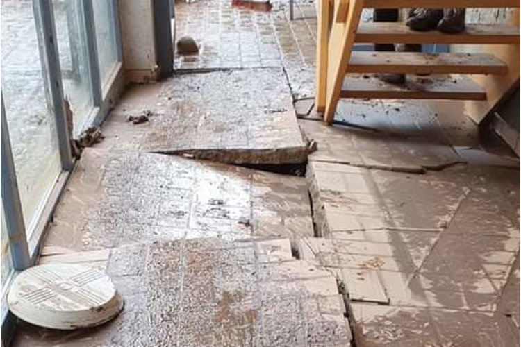 Schäden Gemeindehaus